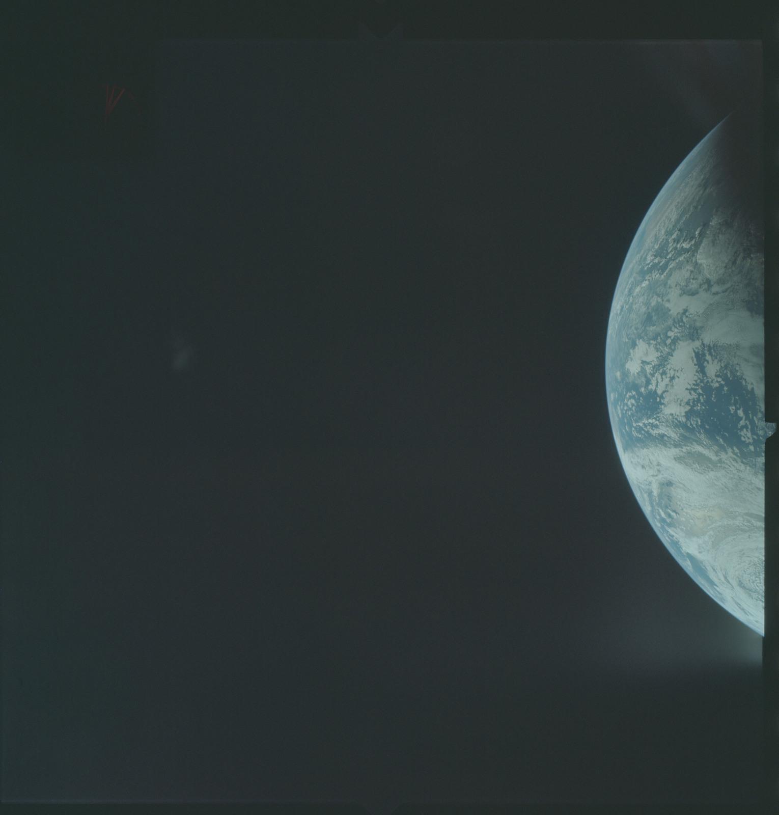 AS04-01-165 - Apollo 4