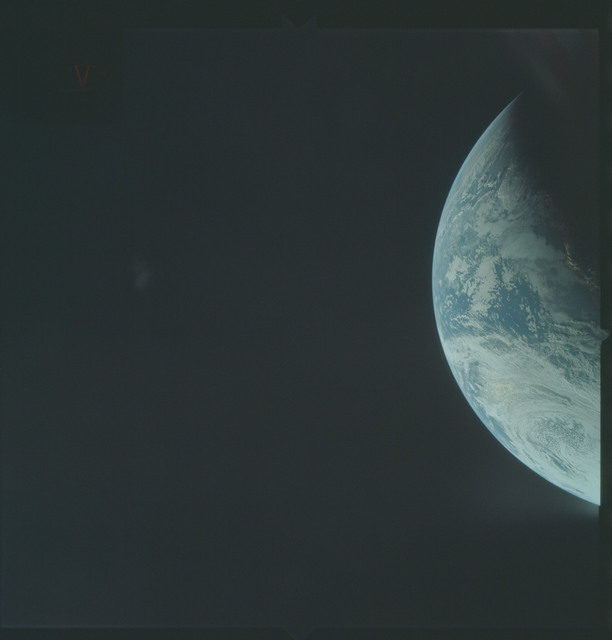 AS04-01-212 - Apollo 4