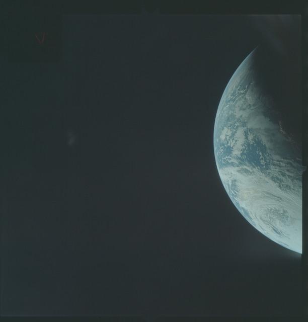 AS04-01-226 - Apollo 4