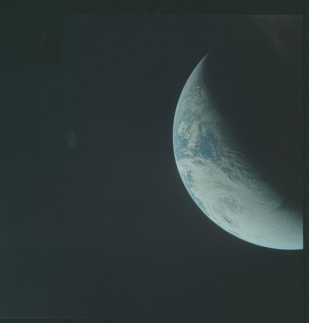 AS04-01-316 - Apollo 4