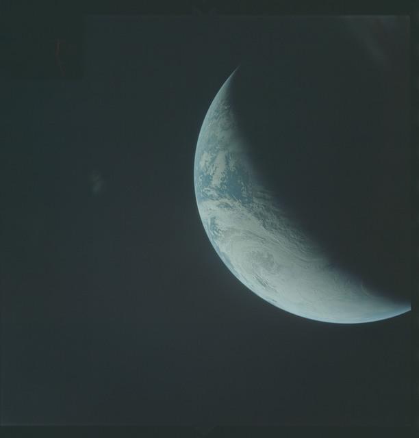 AS04-01-385 - Apollo 4
