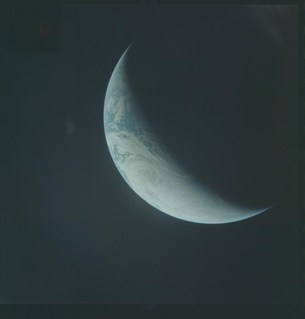AS04-01-472 - Apollo 4