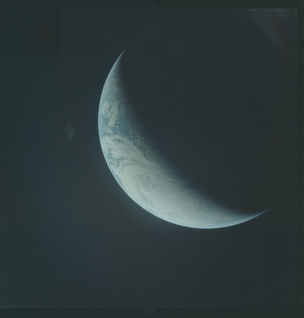 AS04-01-484 - Apollo 4