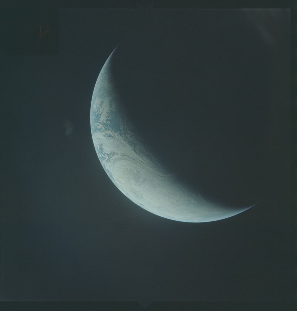 AS04-01-498 - Apollo 4