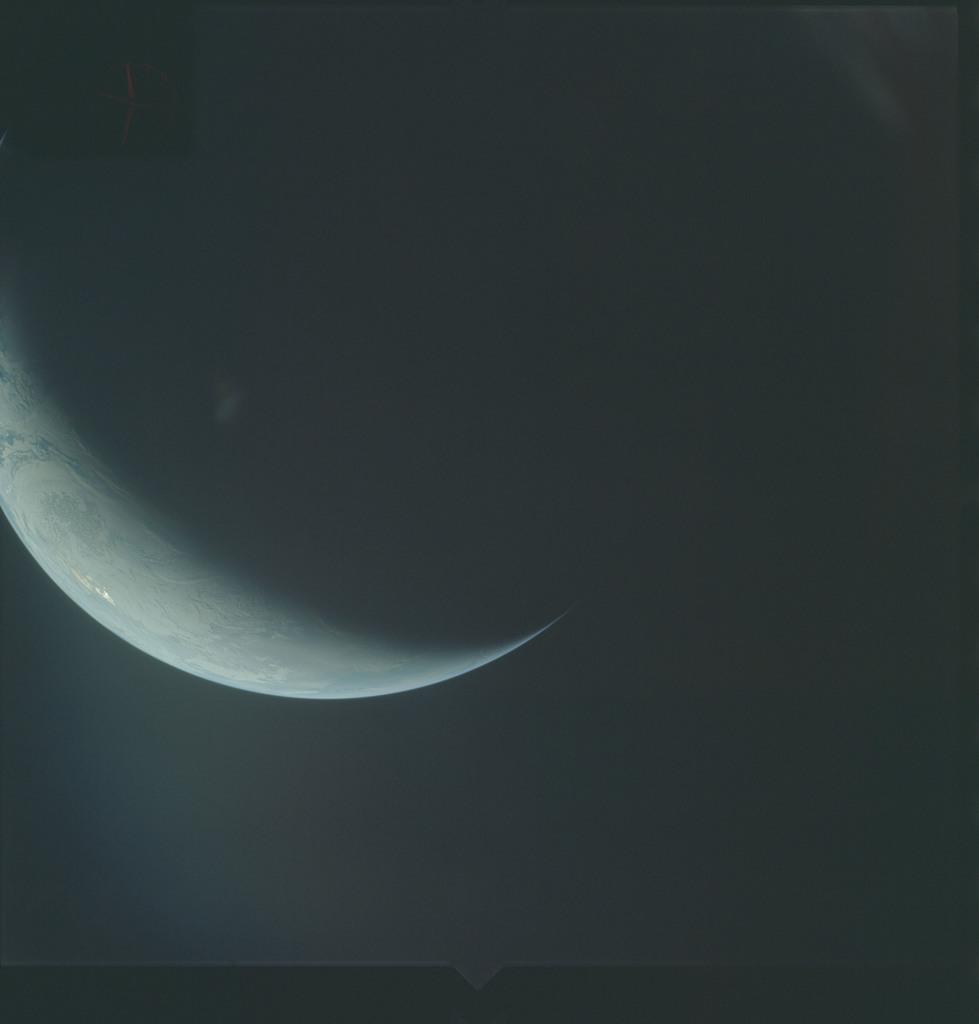AS04-01-696 - Apollo 4