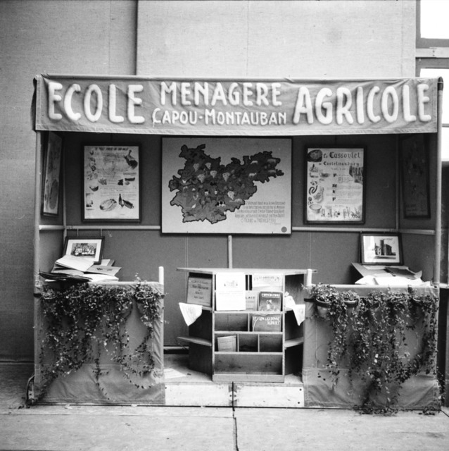 [Agricultural Show at Versailles]