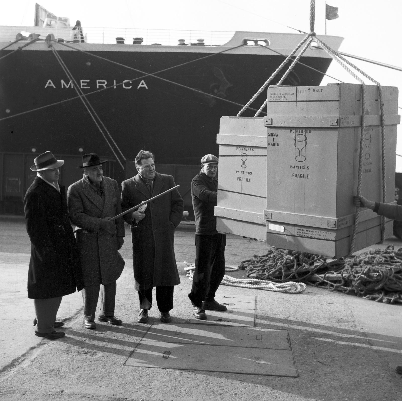 "[Arrival of ""America"" (Salut a la France)]"
