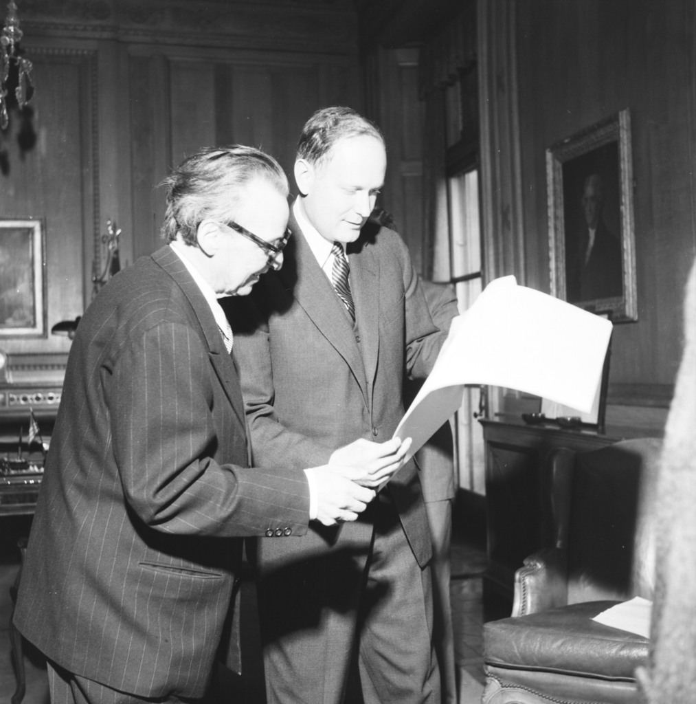 [Arthur Honegger, Ambassador Dillon]