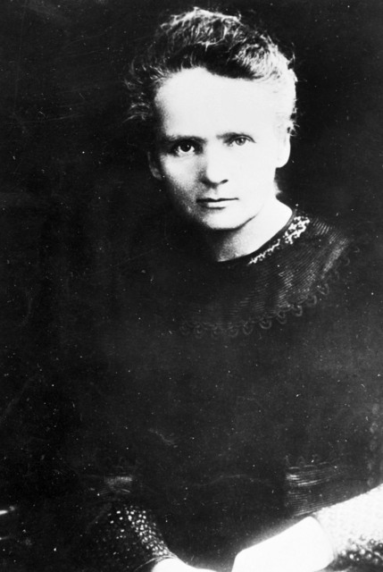 Marie Sklodowska Curie [Atomic Scientists]