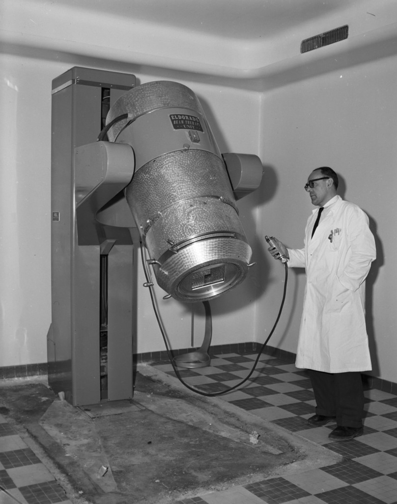 [First French Cobalt Bomb at Neuilly]