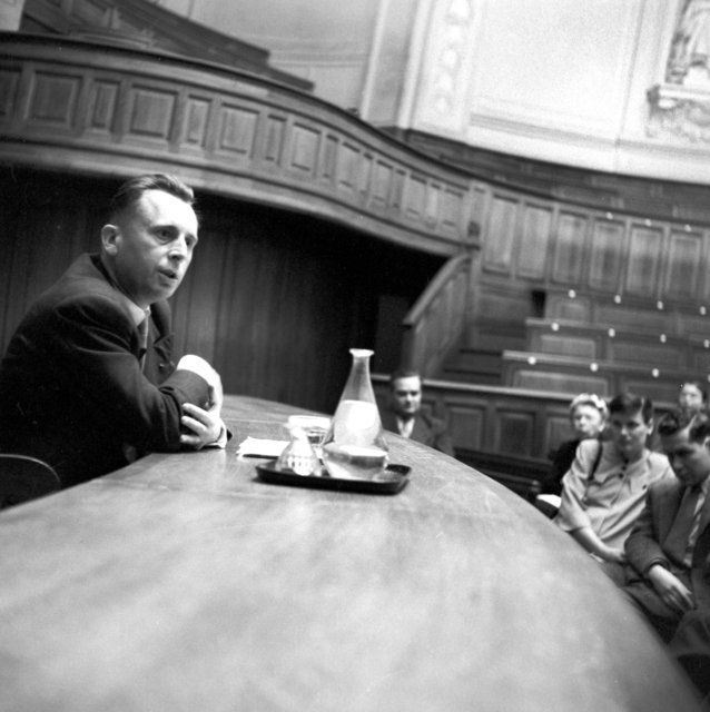 [Jacques Fauvet, Sorbonne Lecture to Fulbright Students]