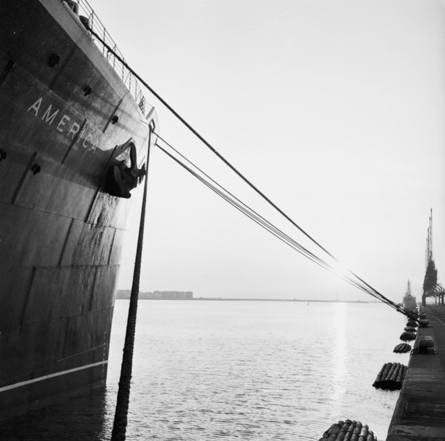 "[Le Havre Arrival on ""America"" S. S. Orangerie Exhibit (Salut a la France)]"