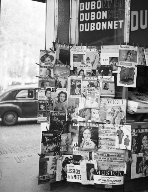 [Newspaper Stands in Paris, with Magazine Display]