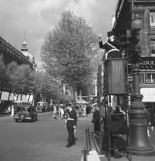 [Paris Scenes (Rue de la Paix, Opera House)]