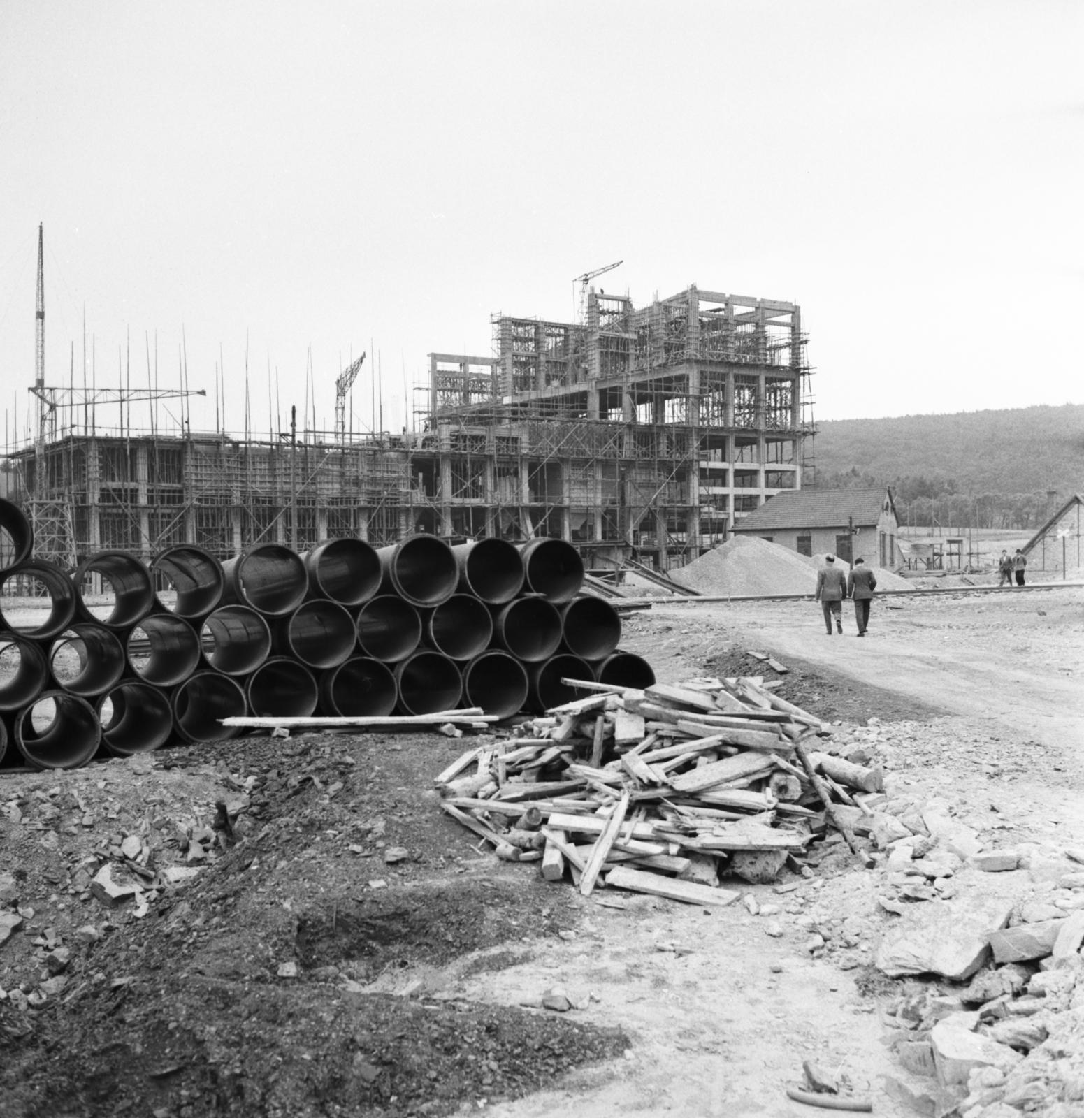 [SAAR Story] - [Pipeline for SAAR Gas to Bring Fuel to Paris]