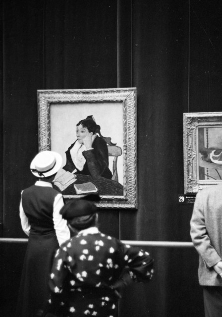 "[Salut a la France, ""De David a Toulouse Lautrec"" Exhibit, French Public at the Orangerie]"