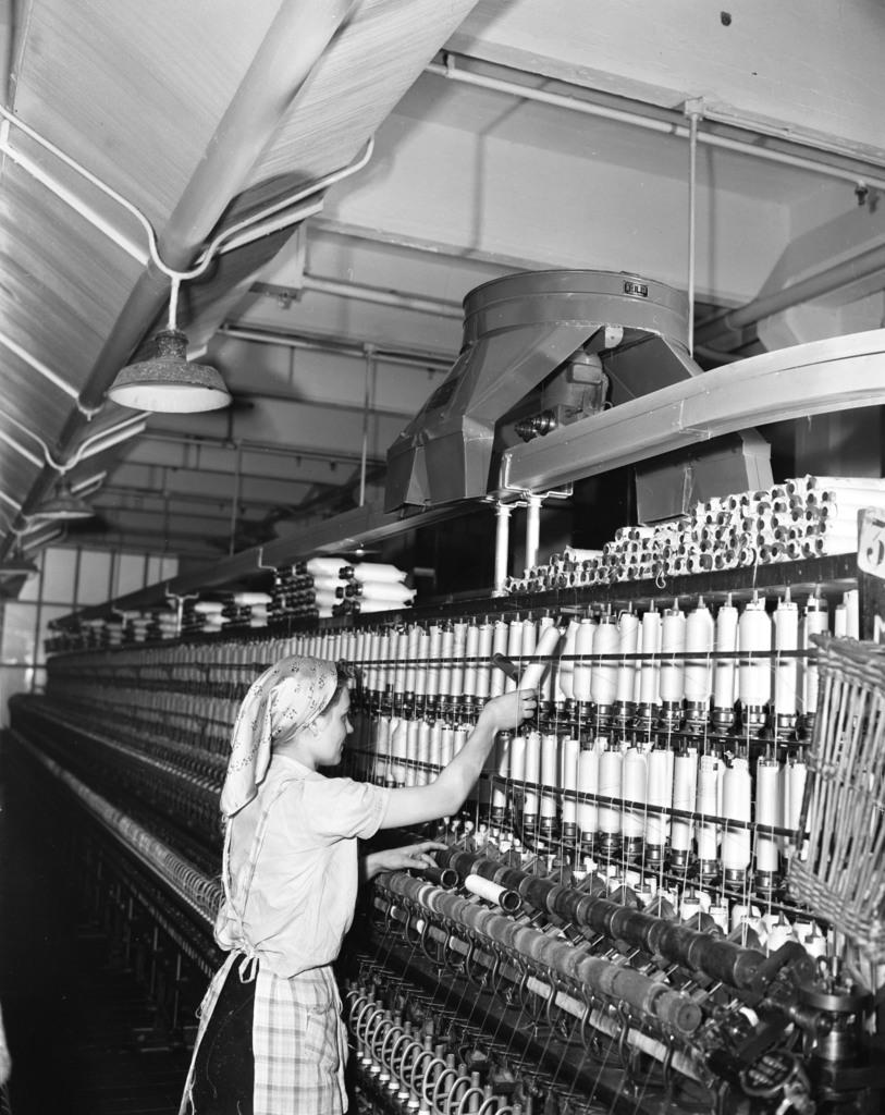 [Textile Mill in Lille (Craven's Pix)]