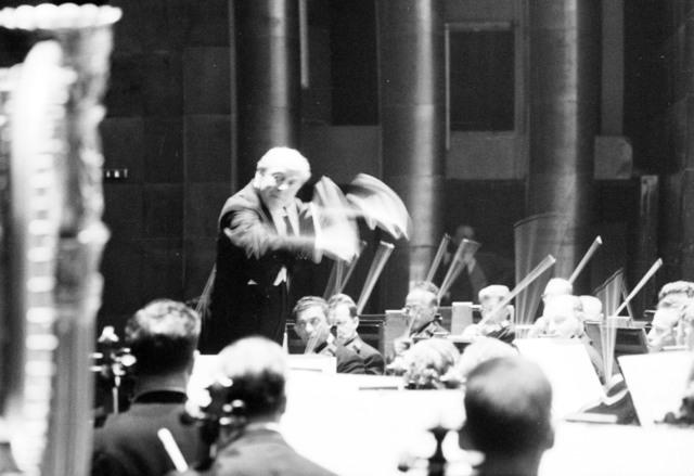 [The Philadelphia Orchestra, Ormandy, at the Palais de Chaillot]