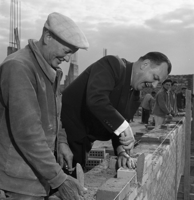 [Thomas Murphy, Vice-President, International Union of American Bricklayers, Masons & Plasterers, Visits Europe as NSA Consultant]