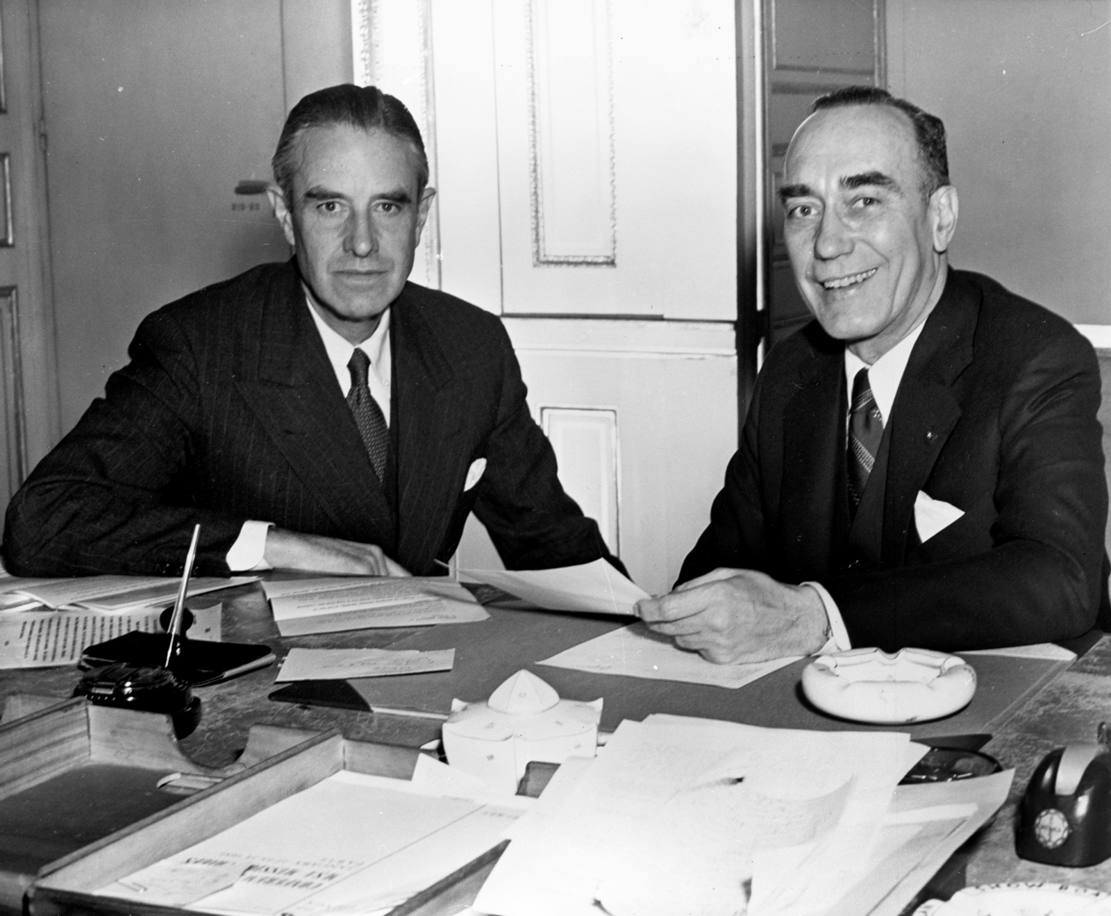 [Wm. Draper and A. Harriman, Pictures taken by Jackie Martin]