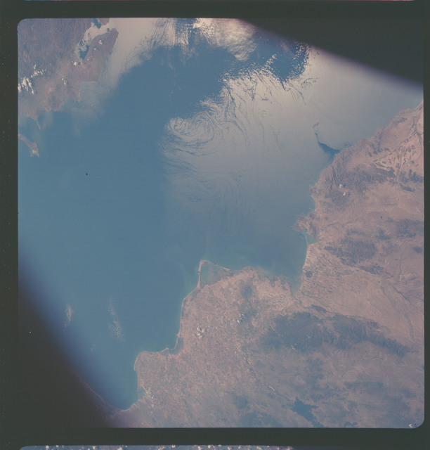 AS07-05-1632 - Apollo 7 - Apollo 7 Mission, West Coast of Mexico, Gulf of California