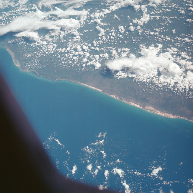 AS07-05-1635 - Apollo 7 - Apollo 7 Mission, Mexico, northern coast of Yucatan, Merida, Gulf of Mexico, Progreso. Near Vertical
