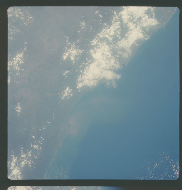 AS07-05-1650 - Apollo 7 - Apollo 7 Mission, Mexico, west coast, Bahia de Petacalco
