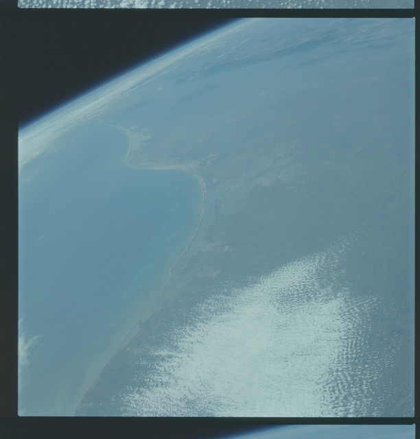 AS09-19-2989 - Apollo 9 - Apollo 9 Mission image - Earth Observation - Texas and Mexico
