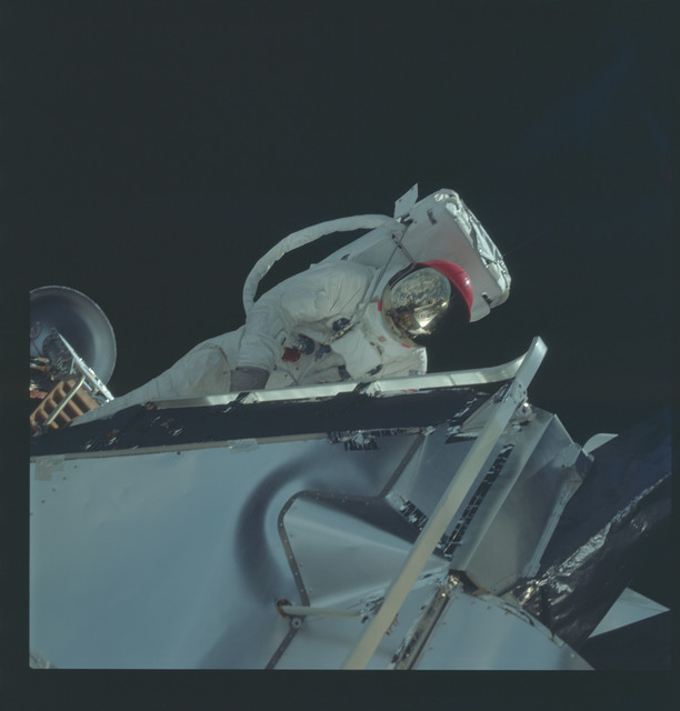 AS09-19-2995 - Apollo 9 - Apollo 9 Mission image - Astronaut Russell L. Schweickart, lunar module pilot, during EVA