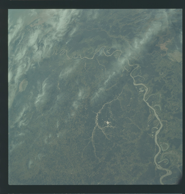 AS09-21-3303 - Apollo 9 - Apollo 9 Mission image - Earth Observations - Louisiana