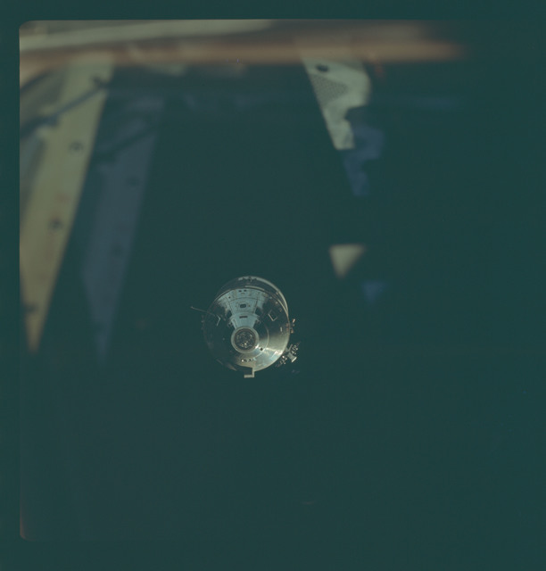 AS09-24-3619 - Apollo 9 - Apollo 9 Mission image - Command Module