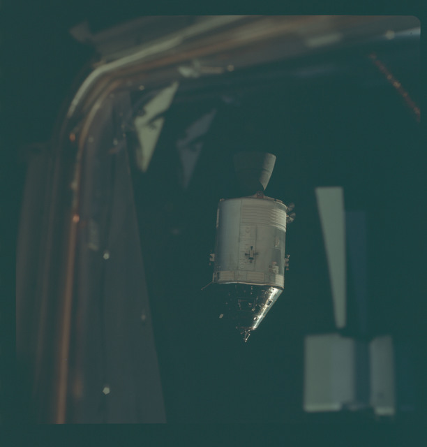 AS09-24-3640 - Apollo 9 - Apollo 9 Mission image - Command Module