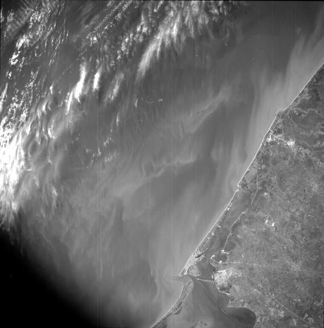 AS09-26B-3729B - Apollo 9 - Apollo 9 Mission image - S0-65 Multispectral Photography - Texas