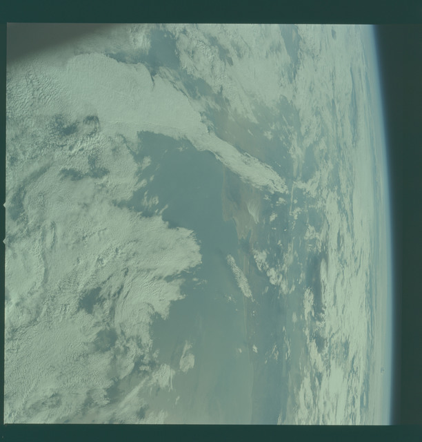AS11-36-5300 - Apollo 11 - Apollo 11 Mission image - Earth limb with view of Baja California