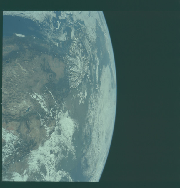 AS11-36-5302 - Apollo 11 - Apollo 11 Mission image - Earth limb with view of sourthern California and Mexico
