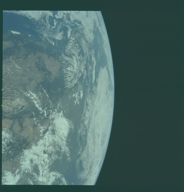 AS11-36-5303 - Apollo 11 - Apollo 11 Mission image - Earth limb with view of southern California and Mexico