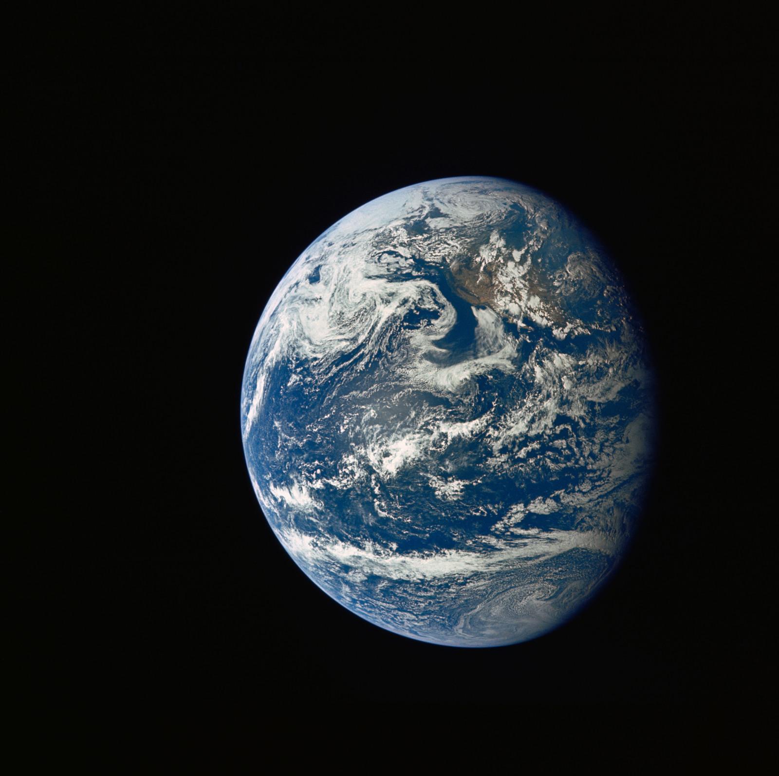 AS11-36-5339 - Apollo 11 - Apollo 11 Mission image - Earth view over Central and North America