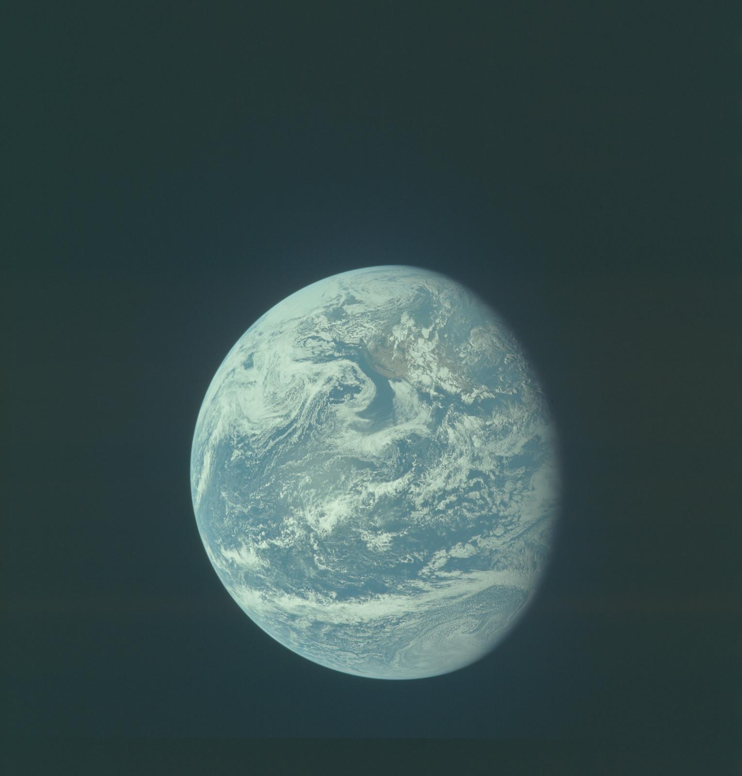 AS11-36-5340 - Apollo 11 - Apollo 11 Mission image - Earth view over Central and North America