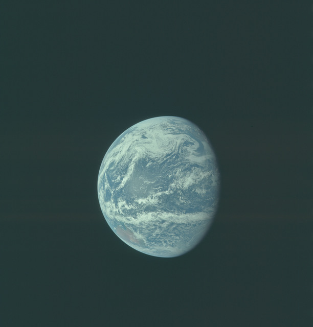 AS11-36-5350 - Apollo 11 - Apollo 11 Mission image - Earth view over Central and North America
