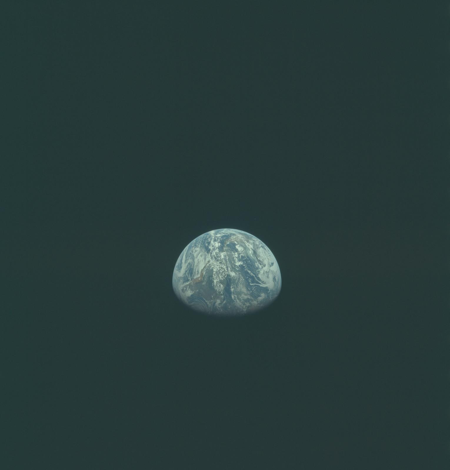 AS11-36-5362 - Apollo 11 - Apollo 11 Mission image - Earth view over Africa