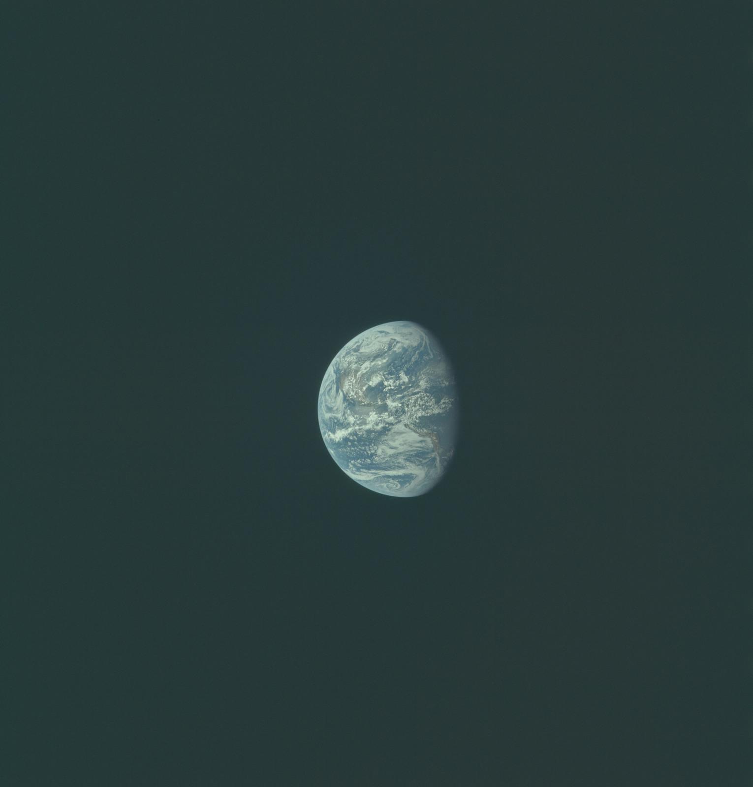 AS11-36-5367 - Apollo 11 - Apollo 11 Mission image - Earth view over North and South America