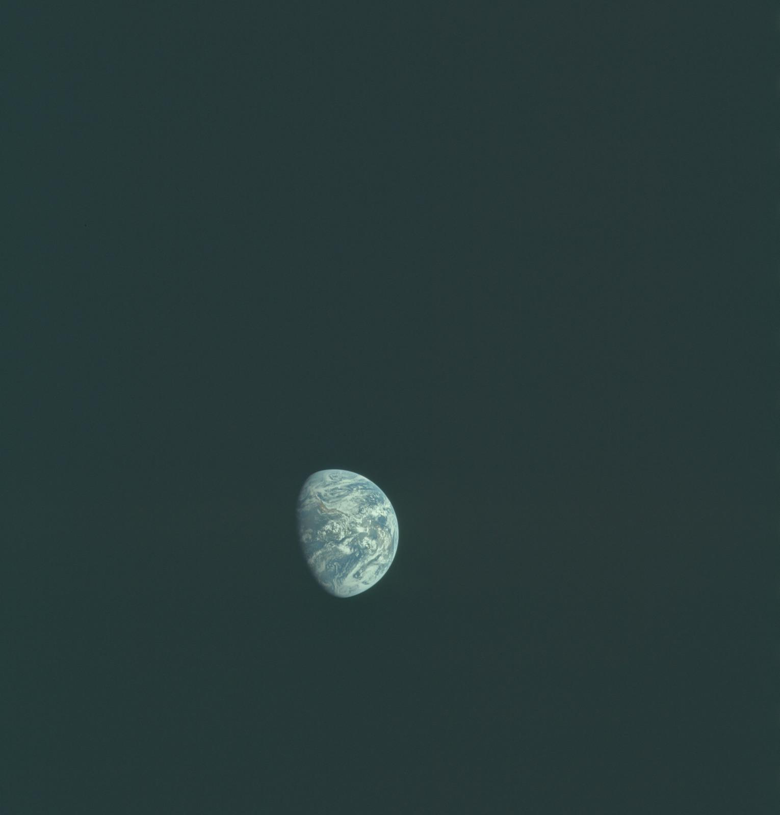 AS11-36-5380 - Apollo 11 - Apollo 11 Mission image - Earth view over North and South America