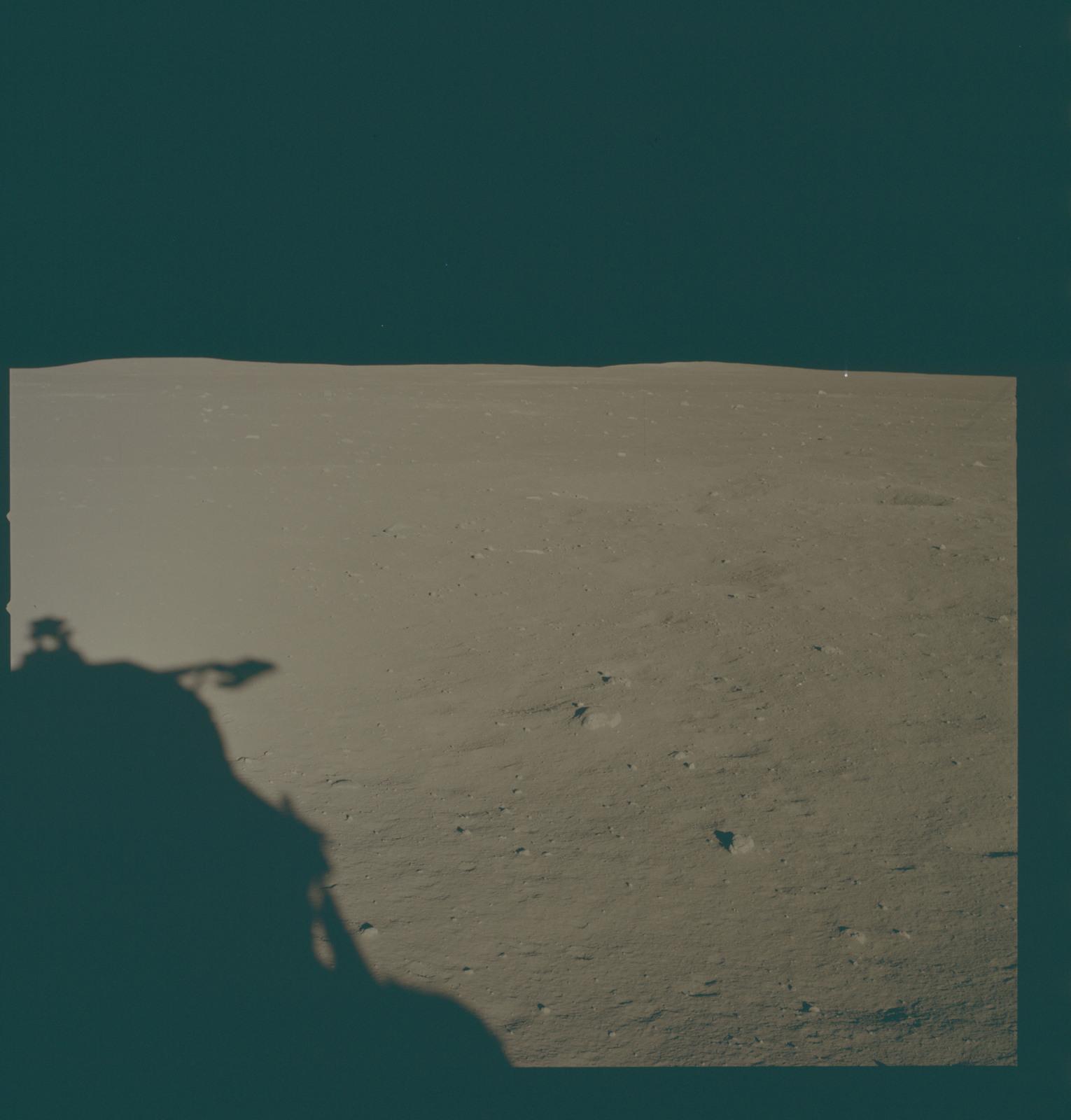 AS11-37-5455 - Apollo 11 - Apollo 11 Mission image - Lunar horizon from Tranquility Base