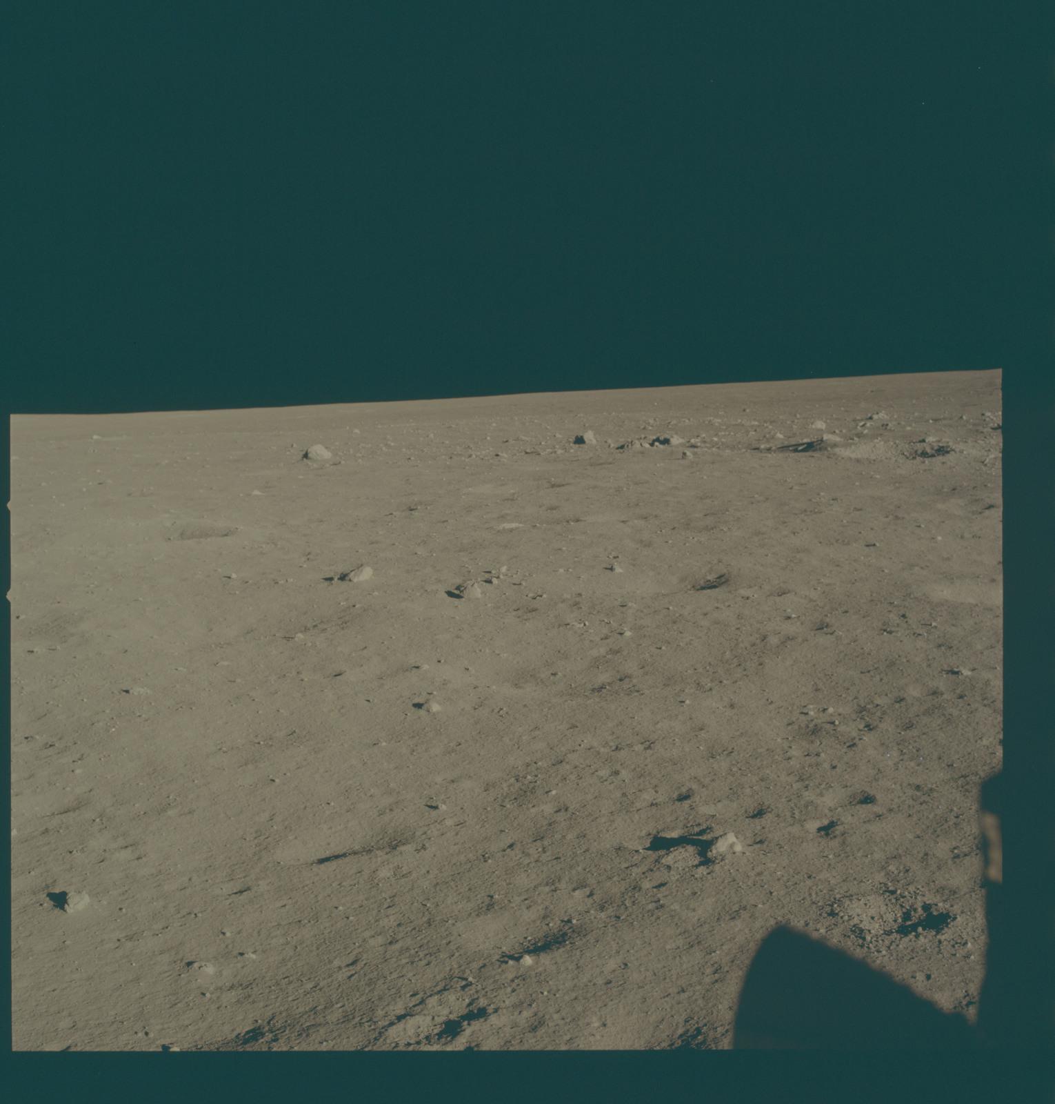 AS11-37-5457 - Apollo 11 - Apollo 11 Mission image - Lunar horizon from Tranquility Base