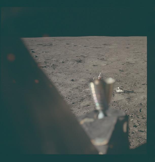 AS11-37-5499 - Apollo 11 - Apollo 11 Mission image - Lunar horizon from Tranquility Base