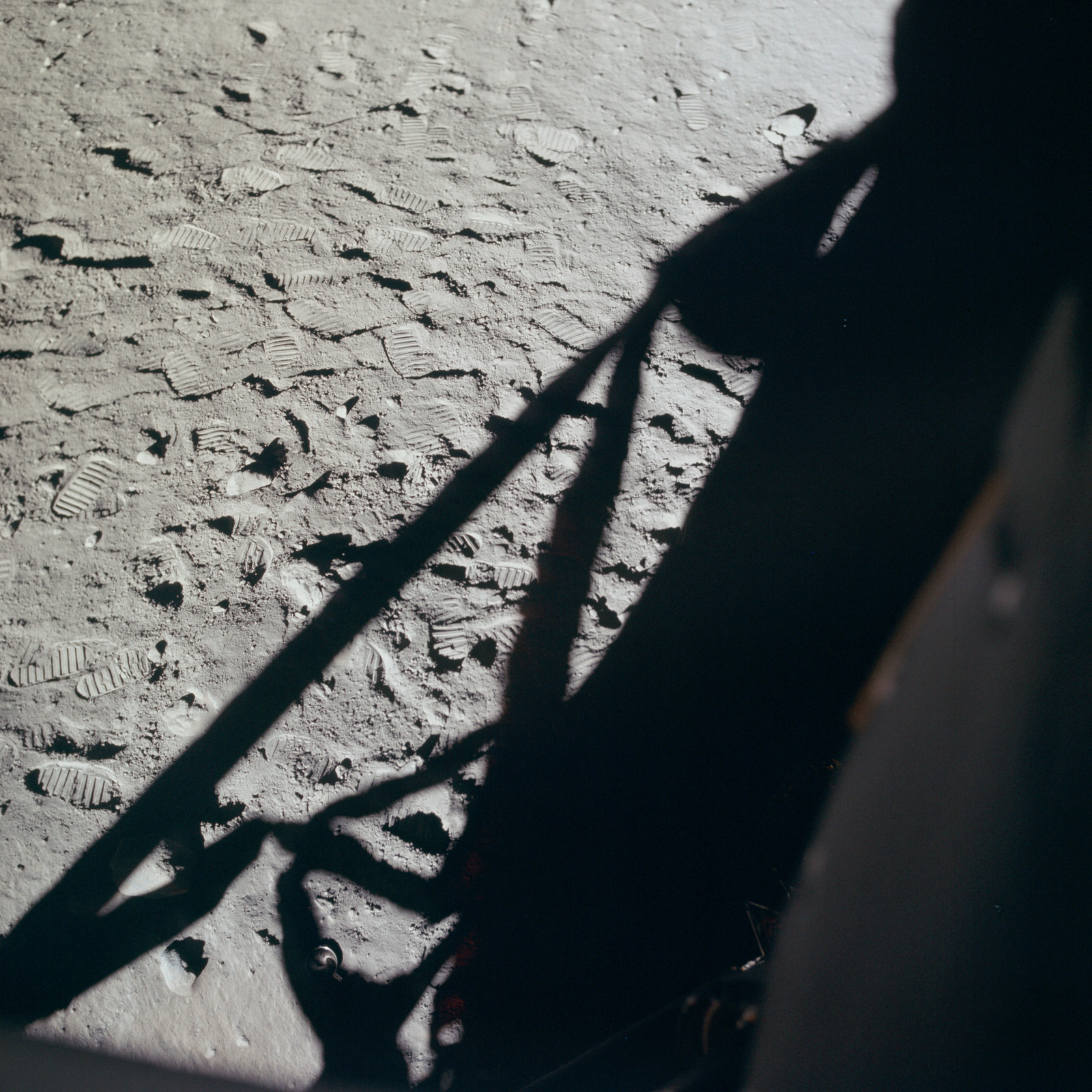 AS11-37-5505 - Apollo 11 - Apollo 11 Mission image - Lunar surface at Tranquility Base
