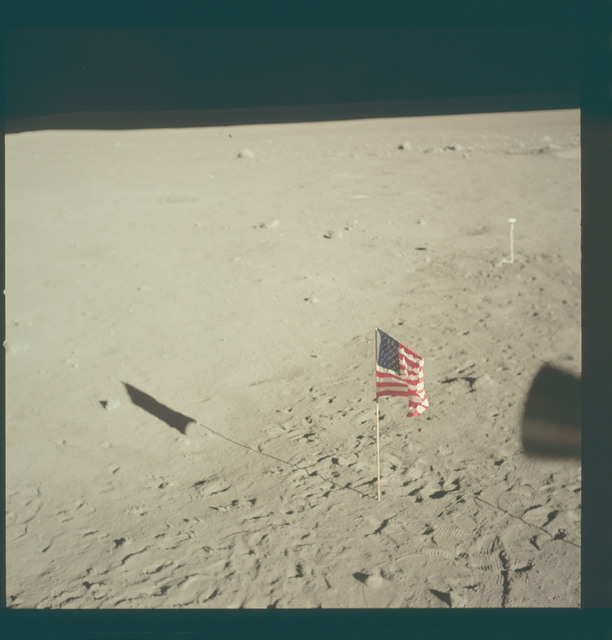 AS11-37-5547 - Apollo 11 - Apollo 11 Mission image - Lunar horizon from Tranquility Base