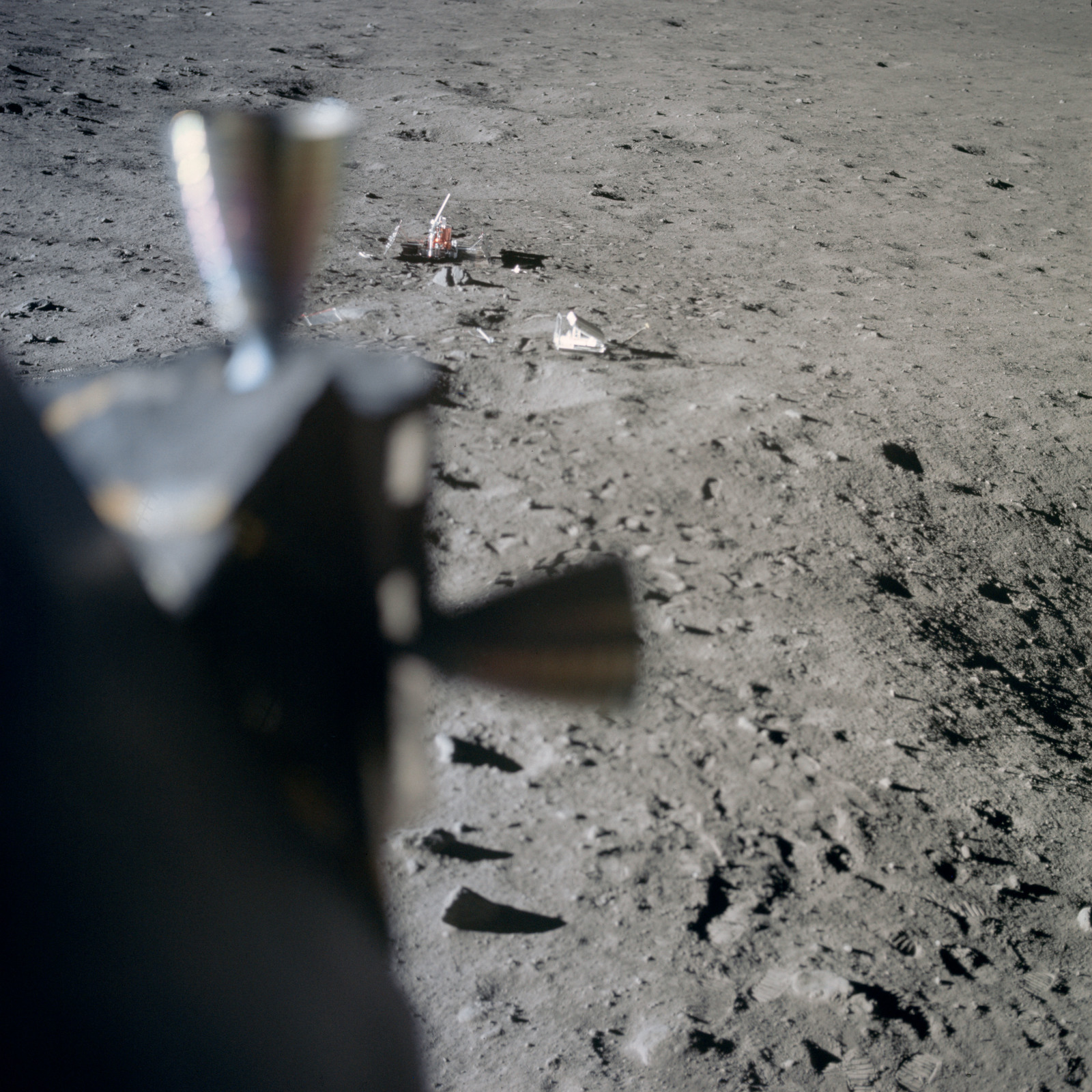 AS11-37-5551 - Apollo 11 - Apollo 11 Mission image - Lunar surface at Tranquility Base