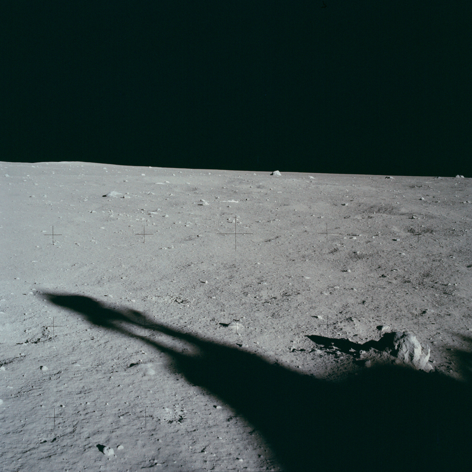 AS11-40-5882A - Apollo 11 - Apollo 11 Mission image - Lunar surface and horizon