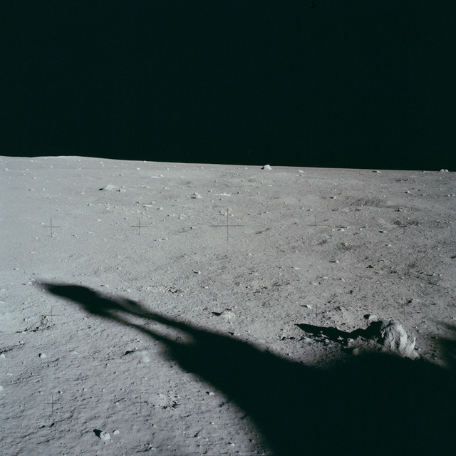 AS11-40-5882A - Apollo 11 - Apollo 11 Mission image - Lunar surface and horizon